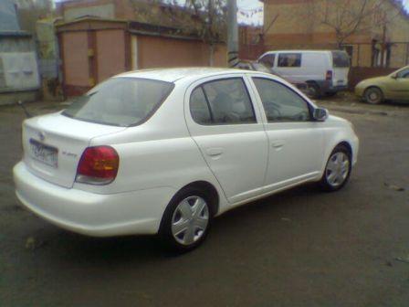 Toyota Platz 2003 - отзыв владельца
