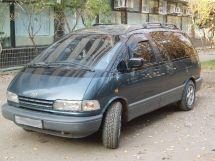 Toyota Previa, 1992