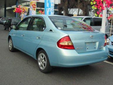 Toyota Prius 2001 отзыв автора | Дата публикации 14.05.2004.