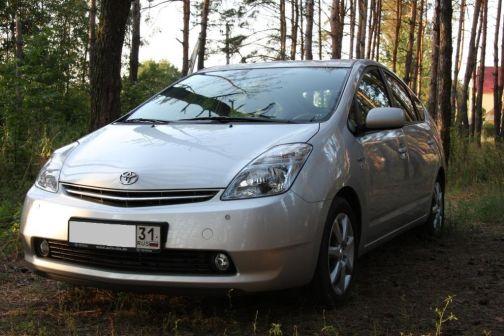 Toyota Prius 2006 - отзыв владельца
