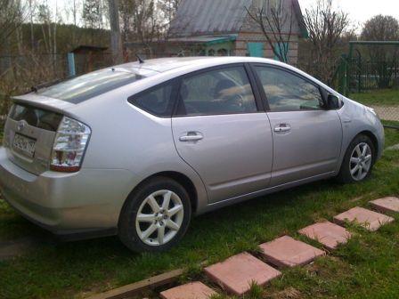 Toyota Prius 2007 - отзыв владельца