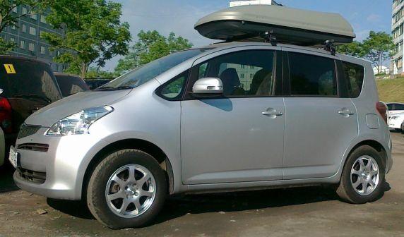 Toyota Ractis 2008 - отзыв владельца