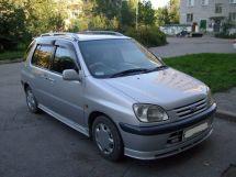 Toyota Raum, 1998