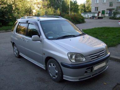 Toyota Raum 1998 отзыв автора | Дата публикации 28.08.2011.