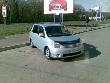 Toyota Raum 2003 - отзыв владельца