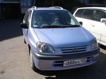 Toyota Raum  - отзыв владельца
