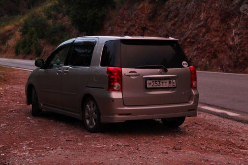 Toyota Raum 2005 - отзыв владельца