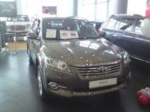 Toyota RAV4, 2011