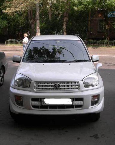 Toyota RAV4 2003 отзыв автора | Дата публикации 01.10.2006.