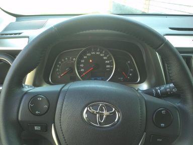 Toyota RAV4, 2013