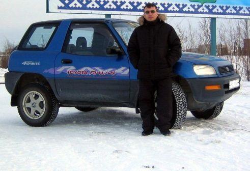 Toyota RAV4 1995 - отзыв владельца