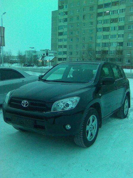 Toyota RAV4 2007 - отзыв владельца