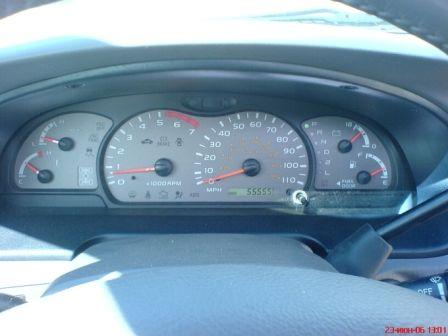 Toyota Sequoia 2003 - отзыв владельца