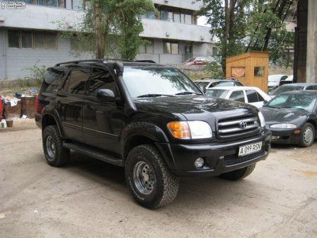 Toyota Sequoia 2001 - отзыв владельца