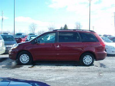 Toyota Sienna 2007 - отзыв владельца