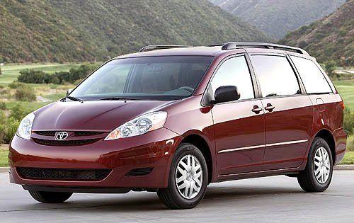 Toyota Sienna 2008 - отзыв владельца