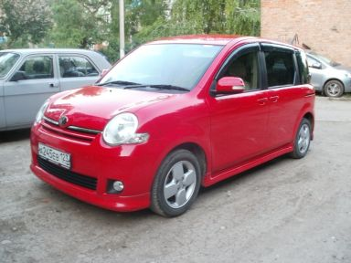 Toyota Sienta 2007 отзыв автора | Дата публикации 17.05.2012.