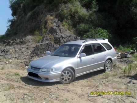 Toyota Sprinter Carib 1998 - отзыв владельца