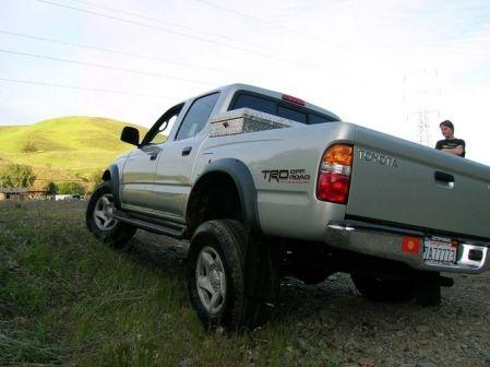 Toyota Tacoma 2003 - отзыв владельца