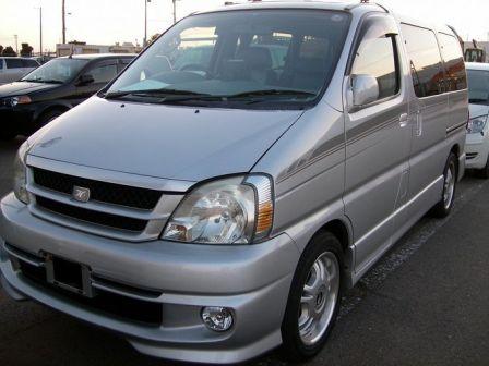 Toyota Touring Hiace 1999 - отзыв владельца