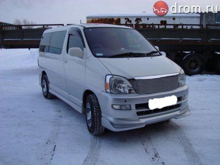 Toyota Touring Hiace 2002 - отзыв владельца