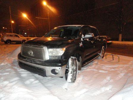 Toyota Tundra 2013 - отзыв владельца