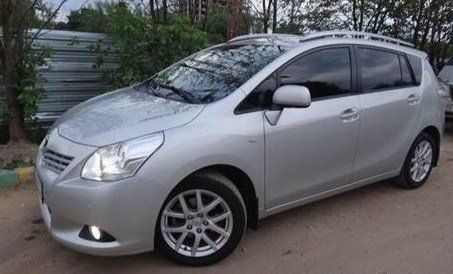 Toyota Verso 2011 - отзыв владельца