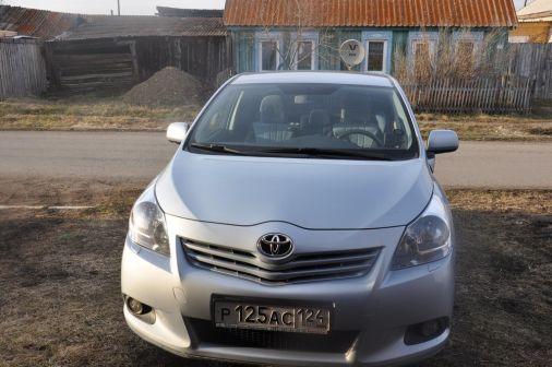 Toyota Verso 2010 - отзыв владельца