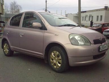 Toyota Vitz, 1999