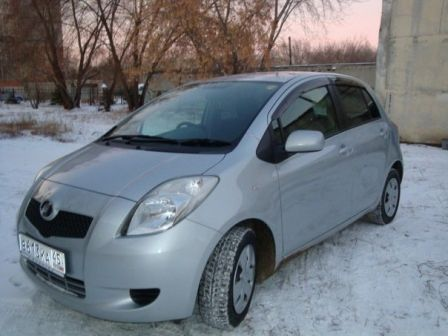 Toyota Vitz 2005 - отзыв владельца