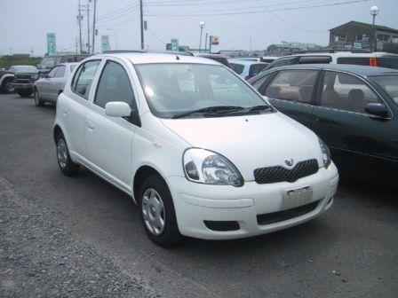 Toyota Vitz 2002 - отзыв владельца