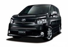 Toyota Voxy, 2008