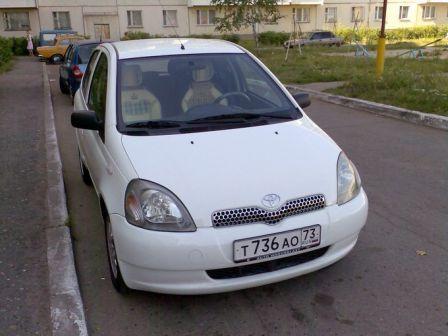 Toyota Yaris 2001 - отзыв владельца