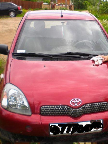 Toyota Yaris 2002 - отзыв владельца
