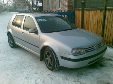 Volkswagen Golf, 2001