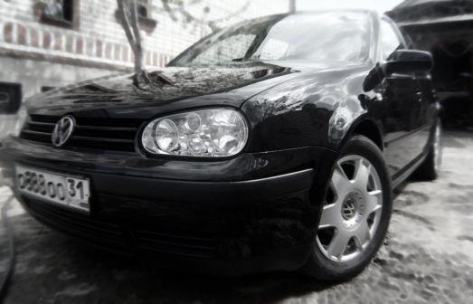 Volkswagen Golf 2000 - отзыв владельца
