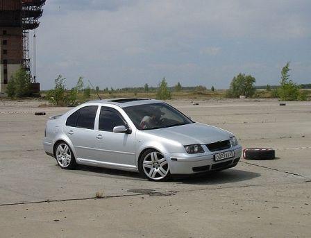Volkswagen Jetta 2003 - отзыв владельца