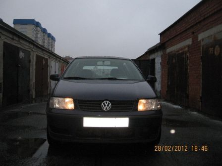 Volkswagen Polo 2000 - отзыв владельца
