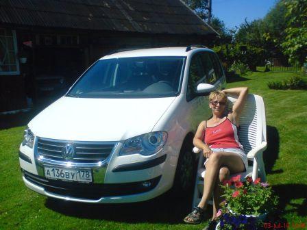 Volkswagen Touran 2010 - отзыв владельца