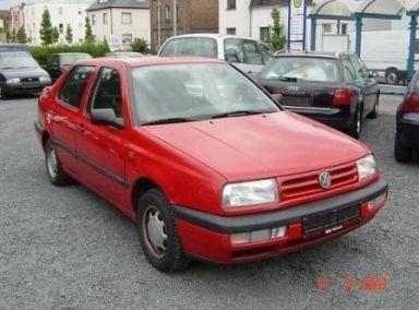 Volkswagen Vento 1995 отзыв автора | Дата публикации 25.11.2008.