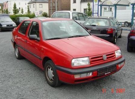 Volkswagen Vento 1995 - отзыв владельца