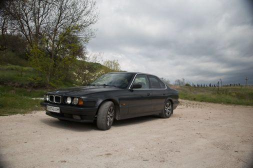 BMW 5-Series 1994 - отзыв владельца