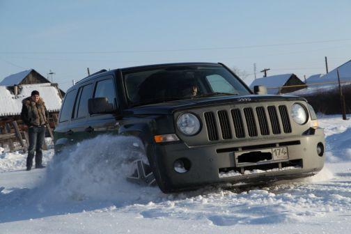 Jeep Liberty 2008 - отзыв владельца