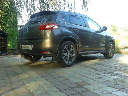 Peugeot 4008  - отзыв владельца
