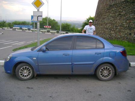 Kia Rio 2010 - отзыв владельца