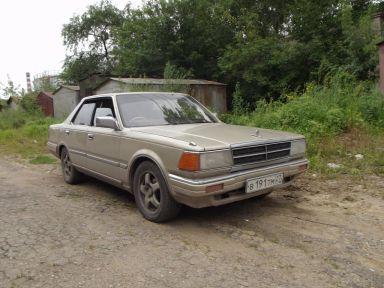 Nissan Cedric, 1983