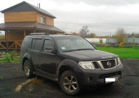 Nissan Pathfinder 2010 - отзыв владельца