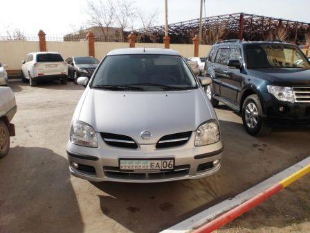 Nissan Tino 2005 - отзыв владельца