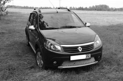 Renault Sandero Stepway 2011 - отзыв владельца