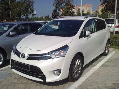 Toyota Verso 2013 отзыв автора | Дата публикации 26.08.2013.